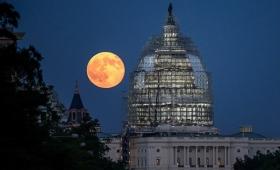 9月28日23時、今年最大の巨大な月「スーパームーン」が皆既月食と共にやってくる!お天気の神様、願いを叶えて!