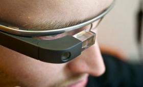 「Google Glass」が「Project Aura」として開発を再スタート、元Amazonスマホ「Fire Phone」のエンジニアが雇われた模様