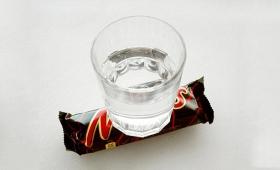 みんなー、大ニュースだよ! これぞまさしく「Water on Mars(火星に水)」だ!