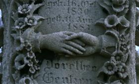 知ってた?外国のお墓に刻まれているシンボルには意味があった。図解:お墓のシンボルマークの意味
