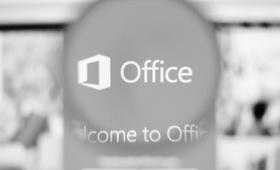 Microsoft Office 2016でダークテーマを有効にする方法