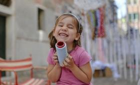 世界で初めて人間の子どもの肺からカーボンナノチューブが見つかる