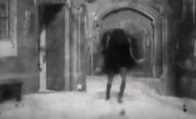 あれれ?全然怖くないぞ?世界初のホラー映画(1896年)