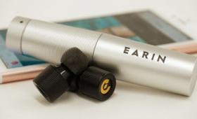 カプセルから取り出すだけでスマホと接続する世界最小ワイヤレスイヤホン「EARIN」レビュー