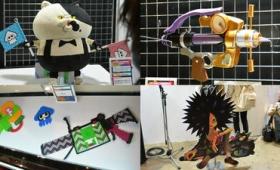 スプラトゥーン大好き人間たちが作った実物大ブキやジャッジくんぬいぐるみが展示されている「みんなのイカ自由研究発表会」、制作過程はムービーで閲覧可能