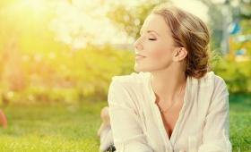 のぞましい心の状態に自分自身を導く、3つの驚くべき方法