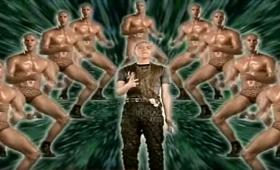 ジェイソン・ステイサムが半裸でオイルダンスする下積み時代のMV