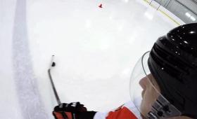プロアイスホッケー選手の頭に、GoProをつけてみた