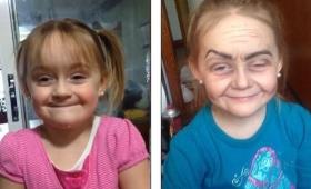 【どうしてこうなった】3歳の少女が「メイクをしたい」というのでやってあげた結果!→衝撃的な顔に