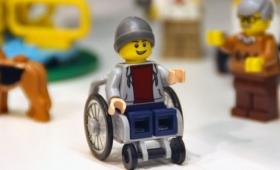 【マジかよ】ついにレゴに「車いす」登場!人々の署名活動により実現し感動的だと話題に
