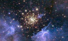 なぜ夜空の星を「☆」で表現するのかを科学的に解説