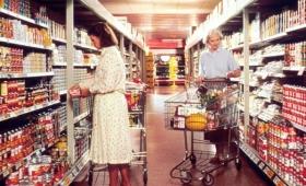 1960年と現在で、食へのお金の使い方は激変している