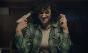 NESと光線銃を使ったパーティゲーム「スーパーロシアンルーレット」