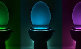 【画期的過ぎる】便器を発光させるとんでもないアイテムが登場!利用者ビックリ