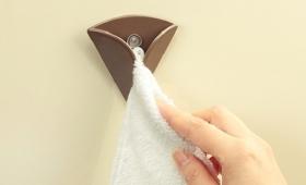 手を拭きたいときにすぐ手が届くタオルホルダー【今日のライフハックツール】