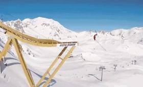 気分はX Gamer! スキーやスノボでジャンプする新感覚バンジー