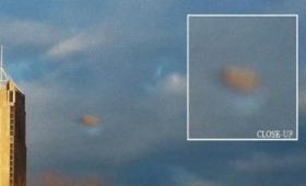 き、消えた!?光学迷彩を駆使し雲に隠れる未確認飛行物体が撮影される(アメリカ)