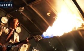 マッドマックスに登場する火炎放射ギターを本当に作った猛者が登場