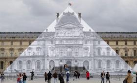 あれ、ルーヴル美術館のピラミッドが消えちゃった!?