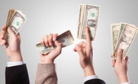 4500万件の納税記録の分析により億万長者は税金を高くしても引っ越ししないことが判明