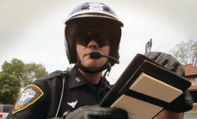 罰金を支払わずに済むようアドバイスする無料ソフトウェア「DoNotPay」が16万件もの駐車違反切符の取り消しに成功