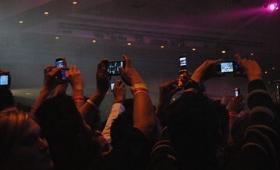 Appleが音楽ライブの撮影・録画を禁止できる赤外線カメラシステムの特許を取得