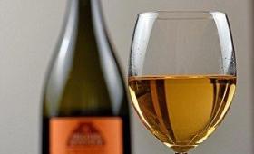 【ワイン好き必見】評論家も太鼓判!この夏絶対流行るオレンジワインって何?