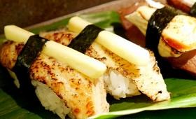 バターがうなぎの上でトロ~リととろけるお寿司「うなぎバター」などを「じねん」で食べてきました