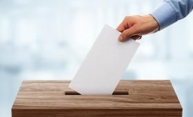 選挙広告に使われるトリック、「モンタージュ」とは?