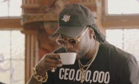 ラッパーが世界一高級なコーヒー「コピ・ルアク」を高級マシンで淹れて飲むとこうなる