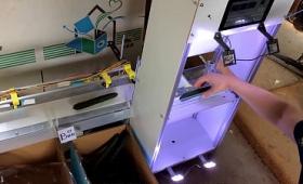 ディープラーニングでキュウリを選別する人工知能搭載仕分け機が開発中