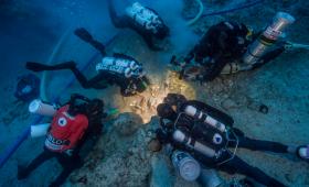 アンティキティラ島の沈没船から人骨が見つかる。DNA採取も可能か?