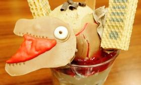 シン・ゴジラ「蒲田くん」をアイスで再現した「シン・ゴジラ 第二形態アイス」をナンジャタウンで食べてきた