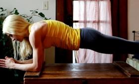 「プランク」で身体を鍛えるにはどれくらい耐えればいいの?