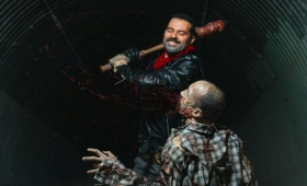 Negan Cosplay Is Going To Kill Your Favorite Halloween Character