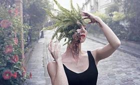 人間と植物が融合。顔から木々が芽生えるホラーテイストなフォトコラージュ(閲覧注意)