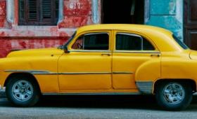 中古車をディーラーを介さずP2Pで売買できる「Carcela」