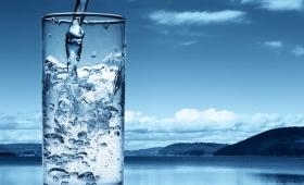 疲れの原因は渇きから…水分って1日にどれくらい摂ればいいの?【LHベストヒッツ】