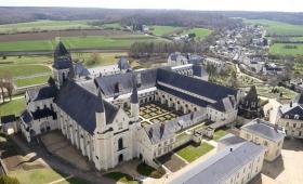 【超神聖】スピリチュアル体験!?教会・修道院を改築した世界の珍ホテルに泊まろう!