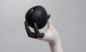 ネットトラブル。あなたの心をむしばむ誹謗中傷に対処する8つのヒント