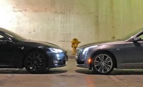 テスラの「Autopilot」とGM「SuperCruise」のどちらの半自動運転システムが優れているのかを徹底比較