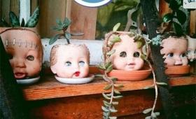リサイクルではあるんだけども…使わなくなった人形を植木鉢代わりにするのが流行っているらしい…