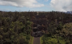 ハワイ島キラウェア火山の噴火で溶岩が森を飲み込んだ規模がよくわかるドローン映像