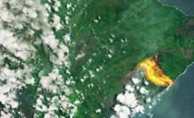 宇宙から見た噴火中のキラウエア火山の様子がダイナミック!
