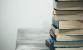 日本語の「積ん読」が海外メディアのBBCに紹介される