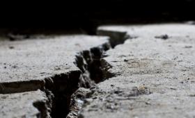 チベット地下のマントルに巨大な断裂が発見される。地震との関連性が?(米研究)