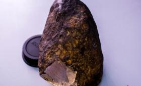ダイヤモンドよりも硬い?宇宙由来の新しい鉱物が発見される(ロシア)