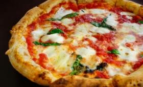 全てはピザの為。イタリアの物理学者が「完璧なピザ」を焼くための数式を生み出す。その温度と時間は?