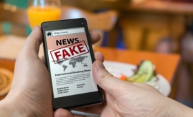 独断的な人、原理主義者の方がフェイクニュースを信じやすいという研究結果(米研究)