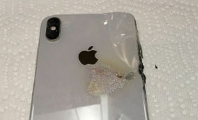 iPhone XS Maxが突如ポケットで火を出して燃える
